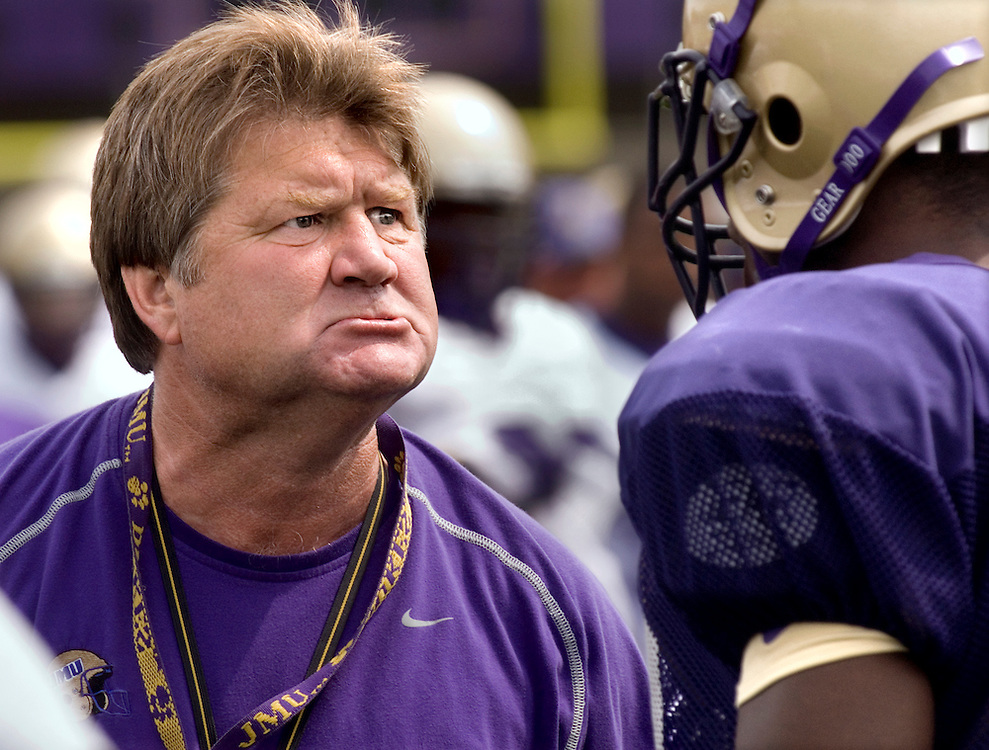 08/11/06-(Harrisonburg).JMU head football coach Mickey Matthews show his displeasure for a players performance in a drill at practice at Bridgeforth Stadium on Friday. JMU opens its 2006-07 season at home on September 2, against Bloomsburg University..(Pete Marovich/Daily News-Record)