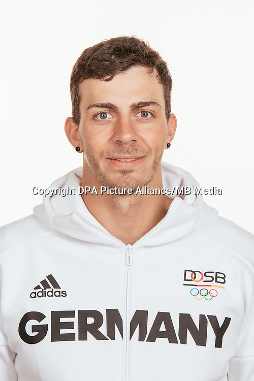 Sideris Tasiadis poses at a photocall during the preparations for the Olympic Games in Rio at the Emmich Cambrai Barracks in Hanover, Germany, taken on 19/07/16 | usage worldwide