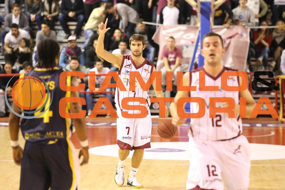 DESCRIZIONE : Ferentino Lega Basket A2  eurobet 2012-13  Fmc Ferentino Givova Scafati<br /> GIOCATORE : Giovanni Tomassini<br /> CATEGORIA : schema mani<br /> SQUADRA : Fmc Ferentino<br /> EVENTO : Ferentino Lega Basket A2  eurobet 2012-13 <br /> GARA : Fmc Ferentino  Givova Scafati<br /> DATA : 30/12/2012<br /> SPORT : Pallacanestro <br /> AUTORE : Agenzia Ciamillo-Castoria/ M.Simoni<br /> Galleria : Lega Basket A2 2012-2013 <br /> Fotonotizia : Ferentino Lega Basket A2  eurobet 2012-13  Fmc Ferentino Givova Scafati<br /> Predefinita :