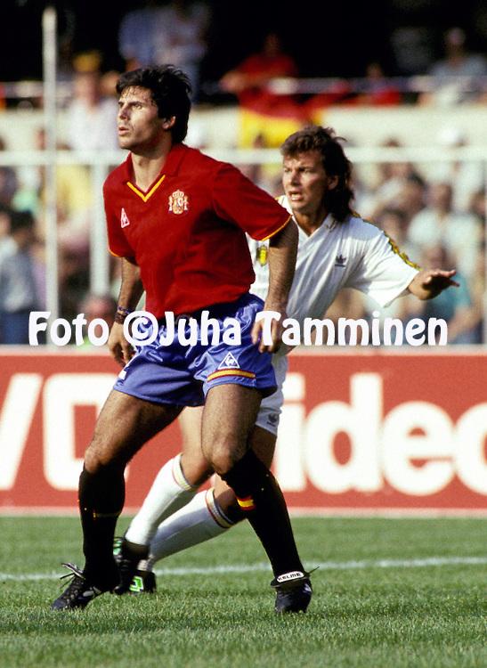 FIFA World Cup - Italia 1990.Spain v Belgium.Rafael Alkorta - Spain.©Juha Tamminen
