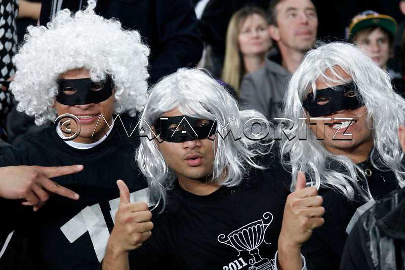 New Zealand fans