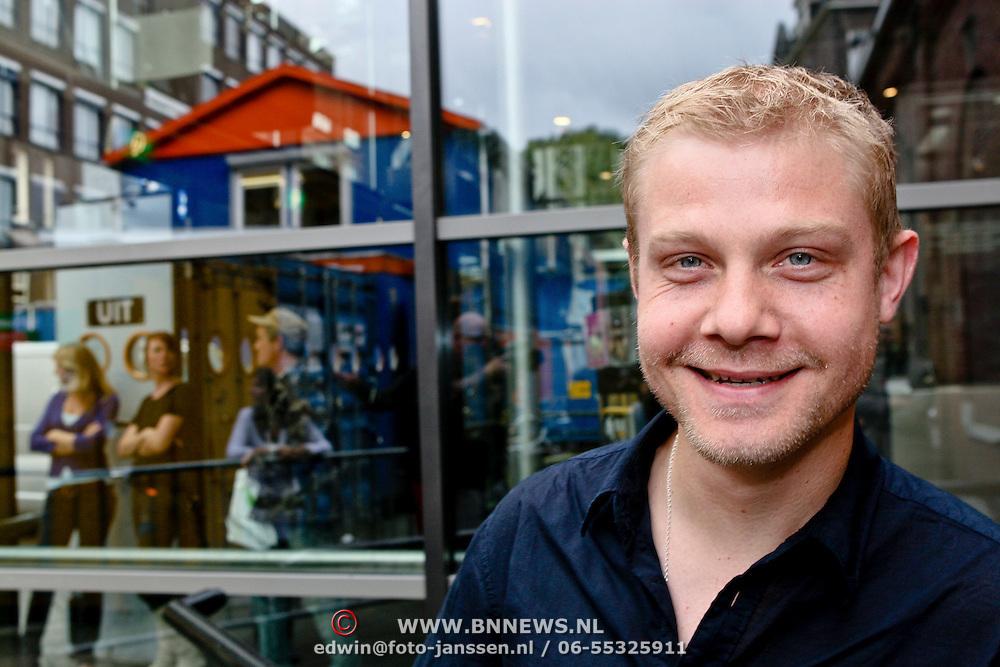 NLD/Amsterdam/20080820 - Persviewing het Schnitzelparadijs
