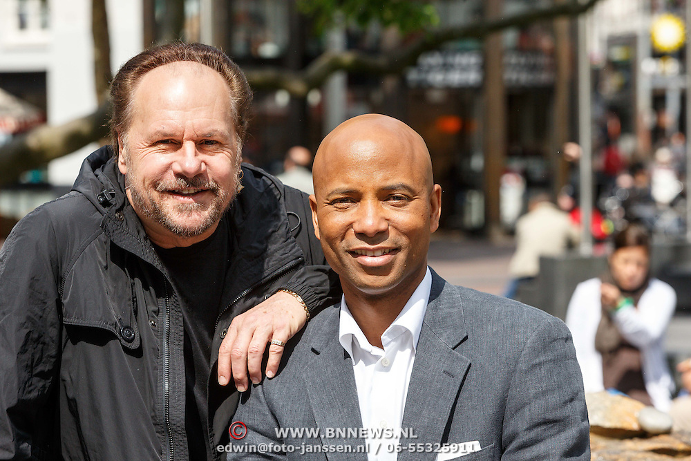 NLD/Amsterdam/20150527 - Harry Wayne Casey zanger van KC and The Sunshine Band, met Humberto Tan