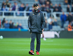 NEWCASTLE-UPON-TYNE, ENGLAND - Saturday, May 4, 2019: Liverpool's manager Jürgen Klopp during the pre-match warm-up before the FA Premier League match between Newcastle United FC and Liverpool FC at St. James' Park. (Pic by David Rawcliffe/Propaganda)