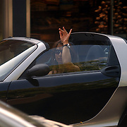 Susan Blokhuis parkeert haar auto in Laren zonder parkeerschijf, Smart cabrio