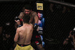 October 28, 2017 - Sao Paulo, Sao Paulo, Brazil - Oct, 2017 - Sao Paulo, Sao Paulo, Brazil - Fighting between ELIZEU ZALESKI DOS SANTOS (Capoeira) and MAX GRIFFIN (Pain) during UFC Fight Night, at the Ibirapuera Gymnasium in Sao Paulo, this Saturday (28).  ZALESKI (in yellow) won. (Credit Image: © Marcelo Chello via ZUMA Wire)