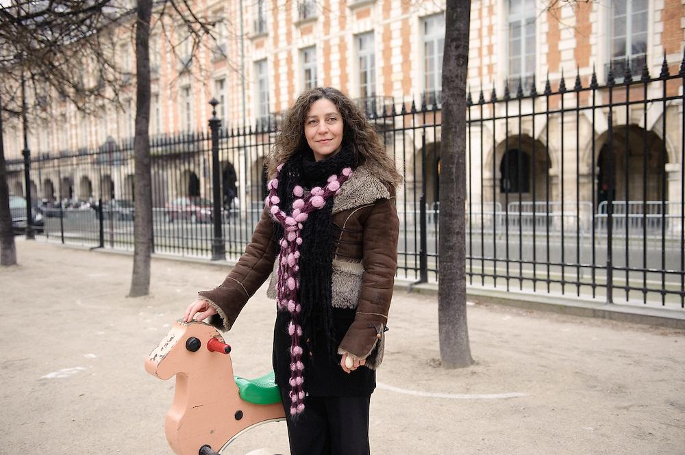 Helene Poitevin, metteur en scene au Theatre 12, pour Telerama Sortir. Paris, 4 fevrier 2009. Photo : Antoine Doyen