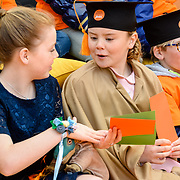 NLD/Tilburg/20170427- Koningsdag 2017, Alexia en Amalia