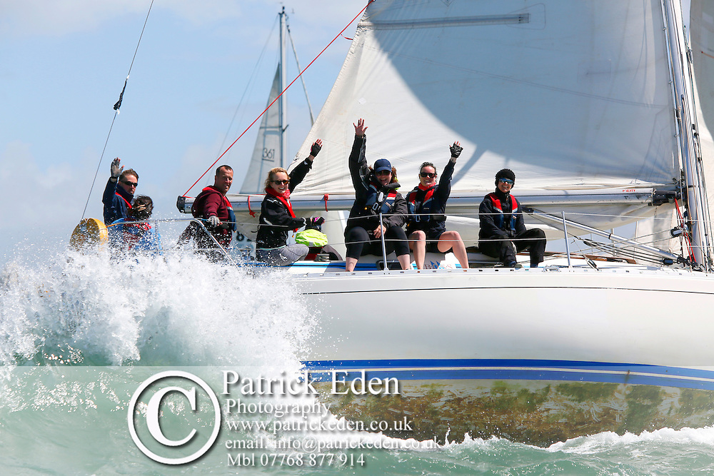 GBR 8342 INNOVATION Round the island Race 2016