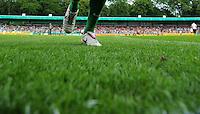 FUSSBALL   DFB Pokal   SAISON 2010/2011   1. HAUPTRUNDE Rot Weiss Ahlen - Werder Bremen                   14.08.2010 Symbolbild Fussball