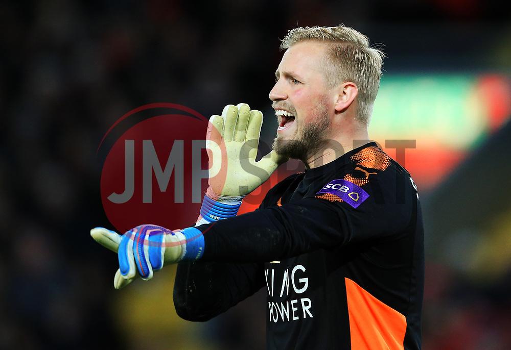 Kasper Schmeichel of Leicester City shouts - Mandatory by-line: Matt McNulty/JMP - 30/12/2017 - FOOTBALL - Anfield - Liverpool, England - Liverpool v Leicester City - Premier League