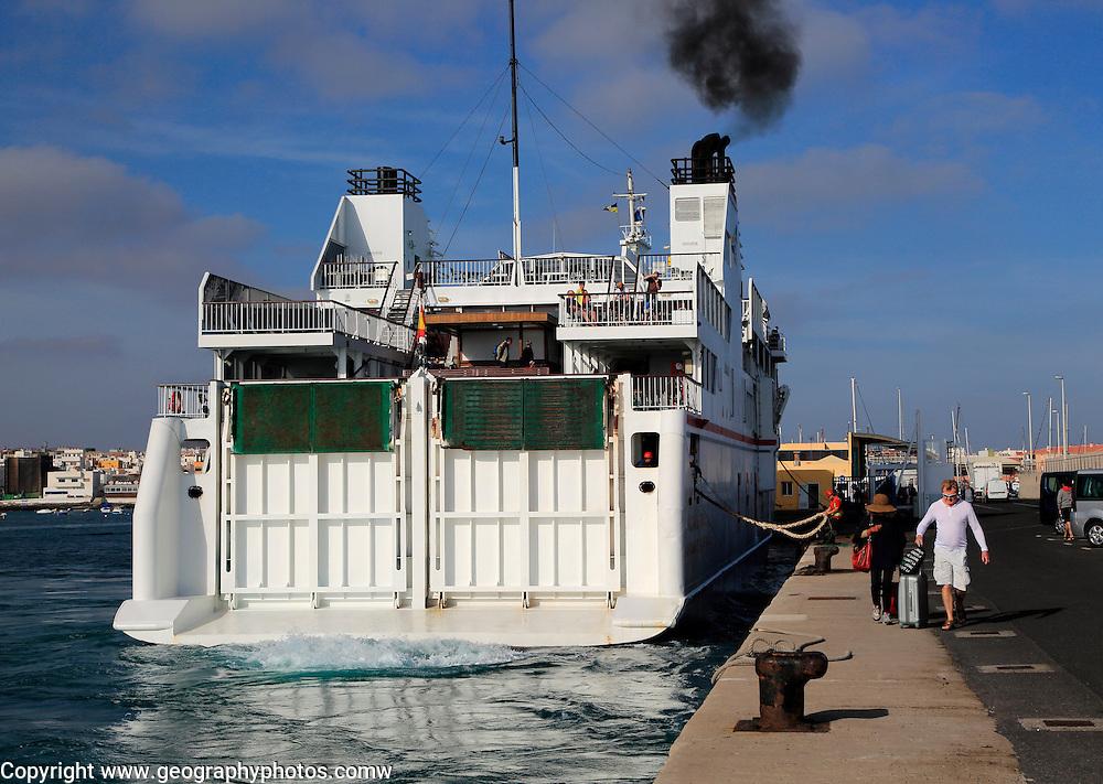 Armas ferry ship 'Volcan de Tindaya' arriving at quayside, Corralejo, Fuerteventura, Canary Islands, Spain