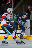 KELOWNA, CANADA - FEBRUARY 13: Donovan Neuls #19 of the Seattle Thunderbirds passes the puck against the Kelowna Rockets on February 13, 2017 at Prospera Place in Kelowna, British Columbia, Canada.  (Photo by Marissa Baecker/Shoot the Breeze)  *** Local Caption ***