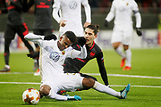 &Ouml;STERSUND, SVERIGE - 15 FEBRUARI: Domaren Fernandez Borbalen bl&aring;ser straff n&auml;r Tesfaldet Bergqvist fr&aring;n &Ouml;stersund f&auml;lls av H&eacute;ctor Bellerin fr&aring;n Arsenal under UEFA Europa League 16 delsfinalen mellan &Ouml;stersunds FK och Arsenal p&aring; J&auml;mtkraft Arena den 15 february 2018 i &Ouml;stersund, Sverige. Foto: Mats Andersson/Ombrello<br /> ***BETALBILD***