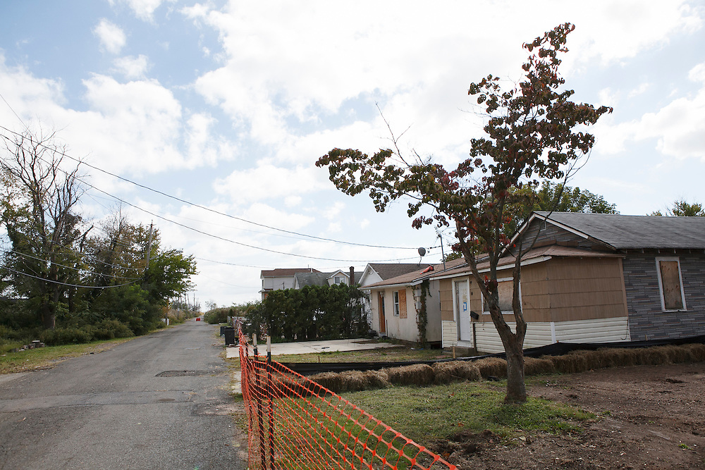 Kissam Ave in the Oakwood neighborhood of Staten Island, NY on Monday, Oct. 5, 2015, weeks ahead of the three year anniversary of Hurricane Sandy.<br /> <br /> Andrew Hinderaker for The Wall Street Journal<br /> NYSTANDALONE