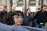 Roma  1 Maggio 2011.Damose da fa'. Semo precari.Manifestazione  di studenti, lavoratori e immigrati che hanno manifestatoo in via del Corso contro i negozi aperti nel giorno della festa dei lavoratori. La manifestazione davanti  al negozio della Rinasciente