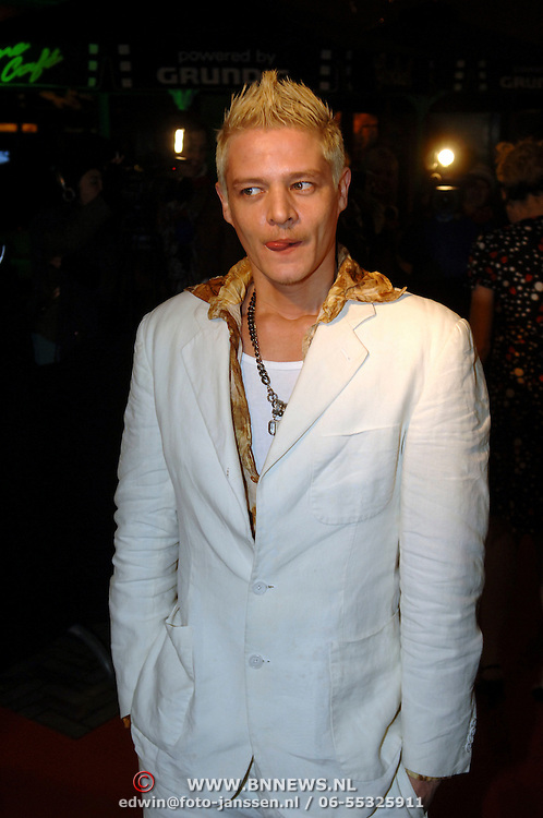 NLD/Amsterdam/20060307 - Premiere Ik omhels je met duizend armen, Tygo Gernandt