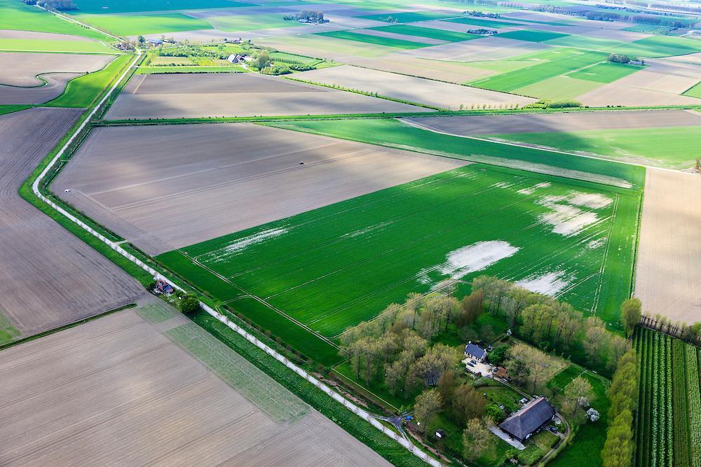 Nederland, Zeeland, Gemeente Sluis, 09-05-2013; omgeving IJzendijke, Oranjedijk,Mauritspolder en Oranjepolder, zicht op de Generale Prins Willempolder, genoemd naar de namen die in de tachtigjarige oorlog een rol speelden, onderdeel van zeventiende-eeuwse bedijkingsprojecten na de Vrede van Muenster in 1648.<br /> Polders  in Zeeuws-Vlaanderen,  in Zeeuws-Vlaanderen,  the south-west part of the province of Zeeland. The polders are named after the royal commanders of the army during the Eighty Years' War, dams projects made after the peace of Muenster (1648).<br /> luchtfoto (toeslag op standard tarieven);<br /> aerial photo (additional fee required);<br /> copyright foto/photo Siebe Swart.