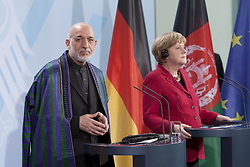 Bildnummer: 57994141..Afghanistan President Hamid Karzai with Chancellor Angela Merkel CDU hold a press conference in Federal Chancellery in Berlin, Wednesday May 16, 2012. Photo By imago/I-Images