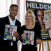 NLD/Ridderkerk/20120222 - Presentatie Helden, Patrick Kluivert en Marianne Timmer met eerste blad