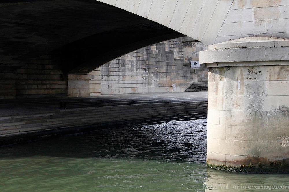 Europe, France, Paris. Pont au Change Seine Embankment Bridge.