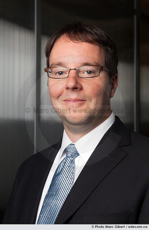 Portrait corporatif de Hugues Trottier - Groupe de sécurité Garda / Montreal / Canada / 2010-07-28, © Photo Marc Gibert/ adecom.ca