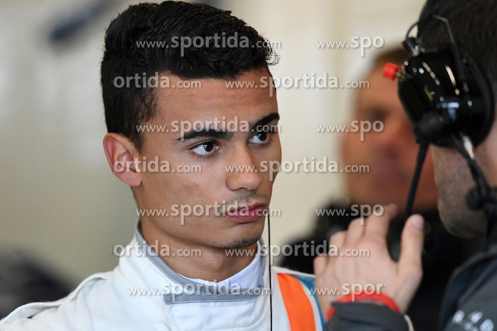 18.03.2016, Albert Park Circuit, Melbourne, AUS, FIA, Formel 1, Grand Prix von Australien, Training, im Bild Pascal Wehrlein (GER) Manor Racing // during Practice for the FIA Formula One Grand Prix of Australia at the Albert Park Circuit in Melbourne, Australia on 2016/03/18. EXPA Pictures &copy; 2016, PhotoCredit: EXPA/ Sutton Images/ Images<br /> <br /> *****ATTENTION - for AUT, SLO, CRO, SRB, BIH, MAZ only*****