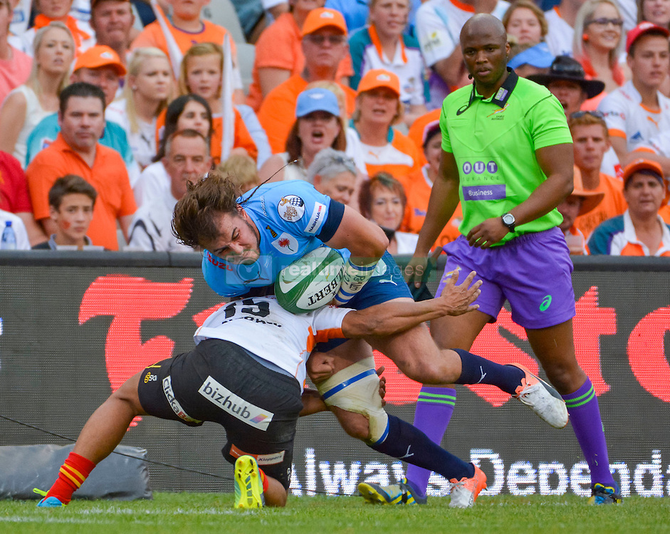 Burger Odendaal of the Blue Bulls and Clayton Blommetjies of the Free State Cheetahs during the Currie Cup Final between the The Free State Cheetahs and Blue Bulls held at Toyota Stadium (Free State Stadium), Bloemfontein, South Africa on the 22nd October 2016<br /> <br /> Photo by:   Frikkie Kapp / Real Time Images