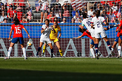 2019?6?17?.   ???????????——F??????????.    6?16????????????????????????????????????.   ?????????????????2019??????????F??????????3?0??????.   ?????????..SP-FRANCE-PARIS-FIFA WOMEN'S WORLD CUP-GROUP F-USA-CHILE.(1906017) -- PARIS, June 17, 2019  Carli Lloyd (5th L) of the United States scores during the Group F match between the United States and Chile at the 2019 FIFA Women's World Cup in Parc des Princes in Paris, France, June 16, 2019.  The United States won 3-0. (Credit Image: © Xinhua via ZUMA Wire)