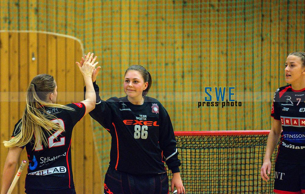 2018-03-24   J&ouml;nk&ouml;ping, Sweden: Solfj&auml;derstadens IBK 86 Alva Dahl during the second qualifying playoff game to Allsvenskan between Hovsl&auml;tts IK and Solfj&auml;derstadens IBK at Idrottshuset ( Photo by: Marcus Vilson   Swe Press Photo )<br /> <br /> Keywords: Idrottshuset, J&ouml;nk&ouml;ping, Div. 1, Floorball, Hovsl&auml;tts IK, Solfj&auml;derstadens IBK, Alva Dahl