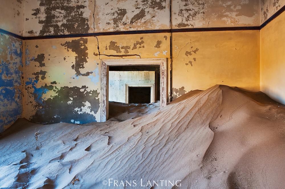 Kolmanskop ghost mining town, Sperrgebiet National Park, Namibia