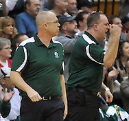 Elyria Catholic vs. Youngstown Ursuline girls varsity basketball in an OHSAA Regional Final on March 12, 2011.