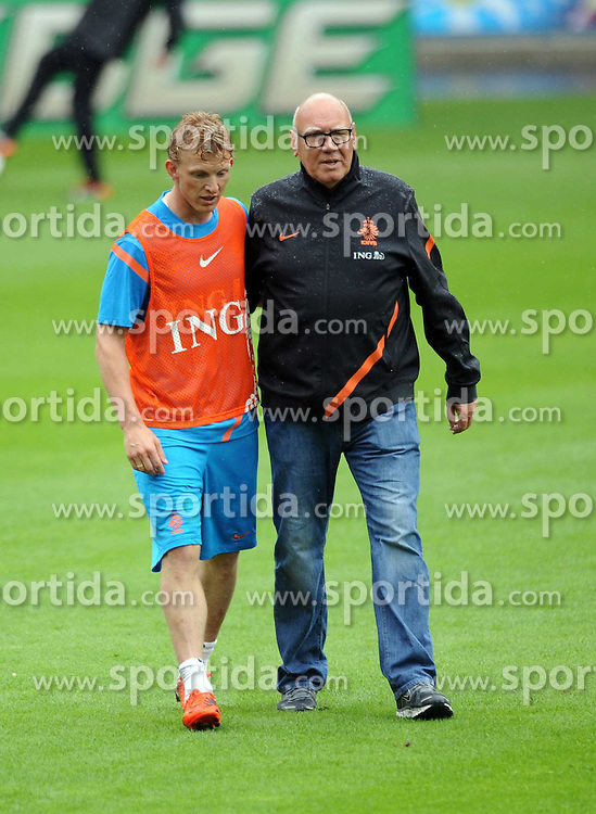 05.06.2012, Henryk Reyman Stadion, Krakau, POL, UEFA EURO 2012, Niederlande, Training, im Bild DIRK KUYT // during EURO 2012 Trainingssession of Netherland Nationalteam, at the Henryk Reyman Stadium, Krakau, Poland on 2012/06/05. EXPA Pictures © 2012, PhotoCredit: EXPA/ Newspix/ Maciej Gillert     ATTENTION - for AUT, SLO, CRO, SRB, SUI and SWE only *****
