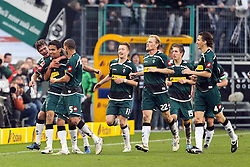 06.11.2010,  Borussia Park, Moenchengladbach, GER, 1.FBL, Borussia Moenchengladbach vs Bayern Muenchen, 11. Spieltag, im Bild: Torjubel nach dem 3:2 durch Igor de Camargo (Moenchengladbach #10 / 2 von links )  EXPA Pictures © 2010, PhotoCredit: EXPA/ nph/  Mueller+++++ ATTENTION - OUT OF GER +++++