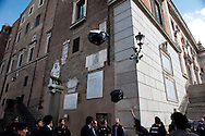 Roma 13  Maggio 2010.Manifestazione in piazza del Campidoglio dei partiti del centro-sinistra, dei movimenti  per il diritto dell'Abitare e i sindacati, per protestare contro il sindaco di Roma Gianni Alemanno e la giunta di centro-destra, per la mancata presentazione del bilancio comunale.Gli abitanti del quartiere di San Lorenzo, lanciano sacchi della spazzatura all'ingresso del Campidoglio per protestare contro l'abbandono  del  quartiere da parte della giunta Alemanno.Rome May 13, 2010.Manifestation of the center-left parties and movements to the right of living  and trade unions to protest against the mayor of Rome Gianni Alemanno and the district council. of center-right  for not submitting the municipal budget.