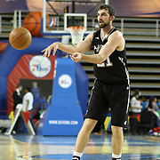 Austin Toros Center Luke Zeller (21) passes the ball to a teammate in the course of a NBA D-league regular season basketball game between the Delaware 87ers (76ers) and the Austin Toros (Spurs) Monday, Jan. 27, 2014 at The Bob Carpenter Sports Convocation Center, Newark, DE