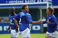 Freddy Dos Santos og Stian Ohr, Vålerenga jubler over 1-0. Pa Madou Kah, Vålerenga, er også med. Ålesund - Vålerenga 0-2. Tippeligaen 2003. 3. august 2003. (Foto: Peter Tubaas/Digitalsport)