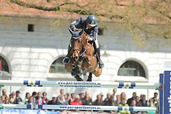 Heel, Arne van, Navajo<br /> Redefin - Pferdefestival 2015<br /> Grosser Preis der Deutschen Kreditbank AG<br /> © www.sportfotos-lafrentz.de/Stefan Lafrentz