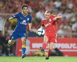BANGKOK, THAILAND - Wednesday, July 22, 2009: Liverpool's Jay Spearing in action against Thailand during a preseason friendly match at the Rajamangala Stadium. (Pic by David Rawcliffe/Propaganda)