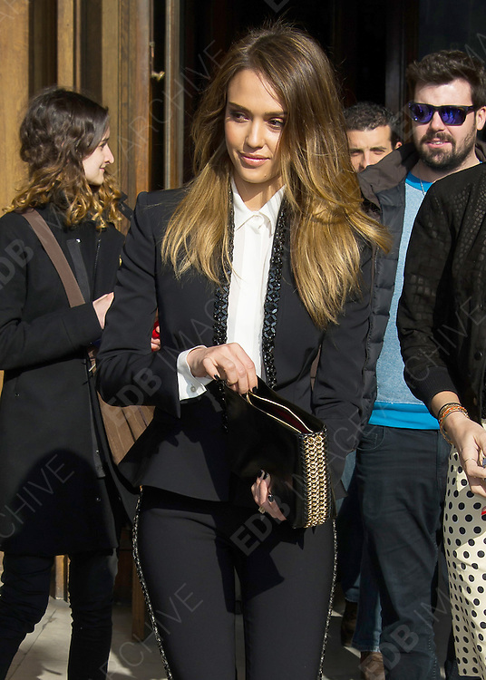 04.MARCH.2013. PARIS<br /> <br /> JESSICA ALBA ATTENDS THE STELLA MCCARTNEY FALL-WINTER 2013/2014 READY-TO-WEAR COLLECTION SHOW, HELD AT THE OPERA IN PARIS<br /> <br /> BYLINE: EDBIMAGEARCHIVE.CO.UK<br /> <br /> *THIS IMAGE IS STRICTLY FOR UK NEWSPAPERS AND MAGAZINES ONLY*<br /> *FOR WORLD WIDE SALES AND WEB USE PLEASE CONTACT EDBIMAGEARCHIVE - 0208 954 5968*