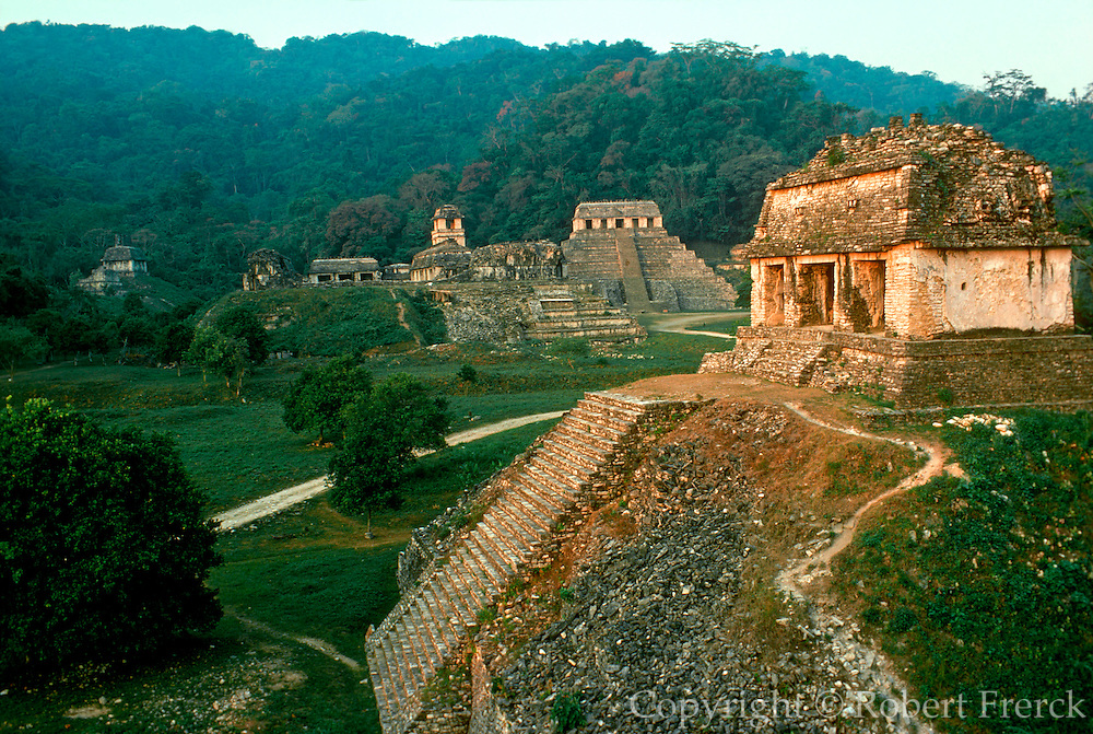 MEXICO, MAYAN, CHIAPAS Palenque; Temple of the Count