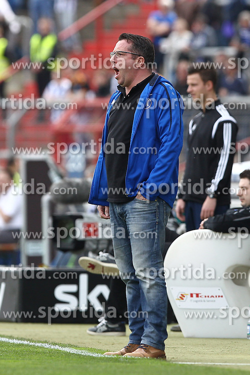 03.04.2016, Wildparkstadion, Karlsruhe, GER, 2. FBL, Karlsruher SC vs TSV 1860 Muenchen, 28. Runde, im Bild Michael Kauczinski (Trainer/Karlsruher SC) lautstark // during the 2nd German Bundesliga 28th round match between Karlsruher SC and TSV 1860 Muenchen at the Wildparkstadion in Karlsruhe, Germany on 2016/04/03. EXPA Pictures &copy; 2016, PhotoCredit: EXPA/ Eibner-Pressefoto/ Bermel<br /> <br /> *****ATTENTION - OUT of GER*****