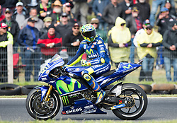 October 21, 2017 - Melbourne, Victoria, Australia - Italian rider Valentino Rossi (#46) of Movistar Yamaha MotoGP looks back toward the big screen during the second qualifying practice session at the 2017 Australian MotoGP at Phillip Island, Australia. (Credit Image: © Theo Karanikos via ZUMA Wire)