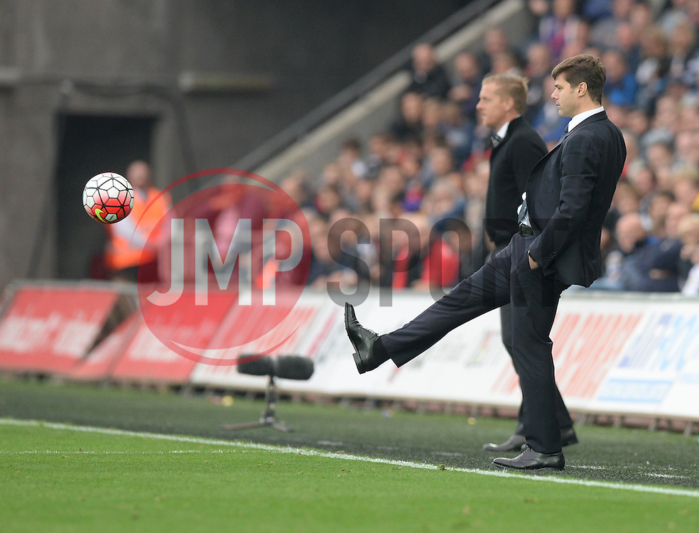 Tottenham Hotspur Manager Mauricio Pochettino kicks the ball.- Mandatory byline: Alex James/JMP - 07966 386802 - 04/10/2015 - FOOTBALL - Liberty stadium - Swansea, England - Swansea City  v Tottenham hotspur - Barclays Premier League