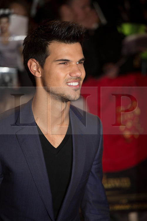 © licensed to London News Pictures. London, UK 14/11/2012. Taylor Lautner posing on the red carpet at the UK premiere of the The Twilight Saga: Breaking Dawn Part Two in Leicester Square, London. Photo credit: Tolga Akmen/LNP