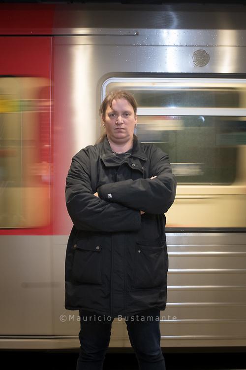 Karen Lehfeld , Schwarzfahrer im Knast.