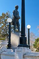 MONUMENTO A HIPOLITO VIEYTES EN LA PLAZA RUIZ DE ARELLANO, SAN ANTONIO DE ARECO, PROVINCIA DE BUENOS AIRES, ARGENTINA (PHOTO © MARCO GUOLI - ALL RIGHTS RESERVED)