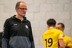 Coach Redbad Strikwerda of Dynamo in action in the second round between Sliedrecht Sport and Draisma Dynamo on February 29, 2020 in sports hall de Basis, Sliedrecht