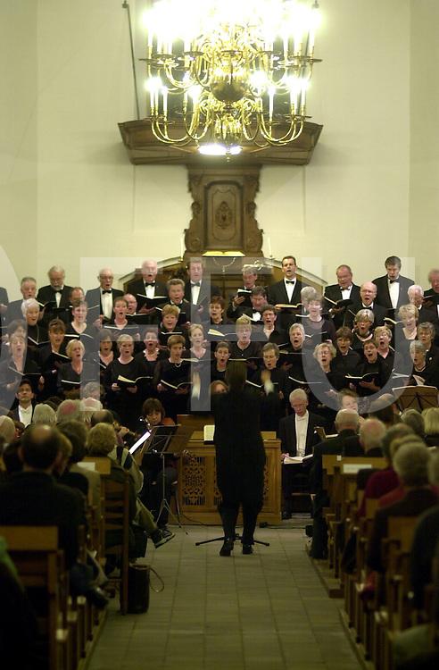 HELLENDOORN<br /> Uitvoering van de Johannes Passion door de Oratoriumsvereniging SDG in de Protestanse Kerk aan de Dorpsstraat1,<br /> <br /> Editie: NY<br /> <br /> fotografie frank uijlenbroek&copy;2006 michiel van de velde<br /> TT20060330