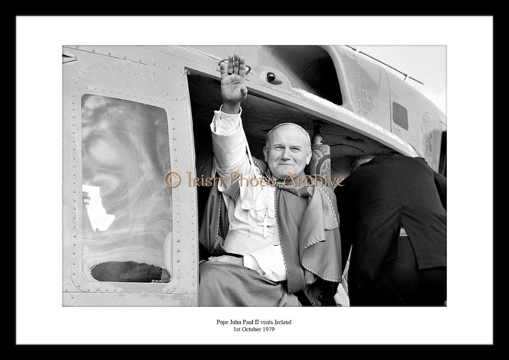 Anniversary gift for someone who believes in Catholicism and the Pope. Irish Photo Archive has many event photos in dublin.<br />